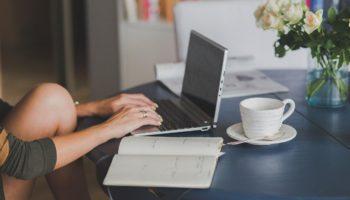 Trabalho e estudo em casa em épocas de corona vírus